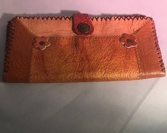 ON SALE Vintage Leather Clutch Daisy Leather Wallet Billfold  Snap Various Colors Western Wear Cute