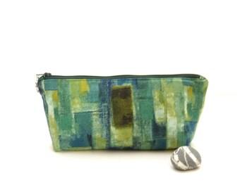 Green zipper pouch bag, green zipper bag, small zipper pouch, green pencil pouch, storage bag, travel bag, womens zipper pouch