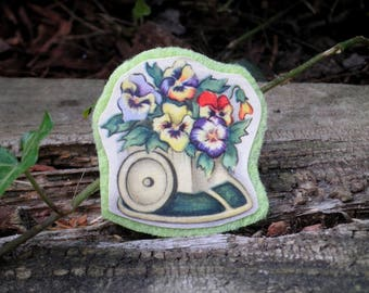 Vintage Flower Pot Floral Brooch - Retro Pansies & Miniature Cart Paper Ephemera Felt Art Pin- Pansy Bouquet Plant Jewelry Gift for Mom
