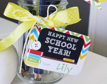 BACK TO SCHOOL Teachers Gift Tags - Printable File - diy - Chalkboard