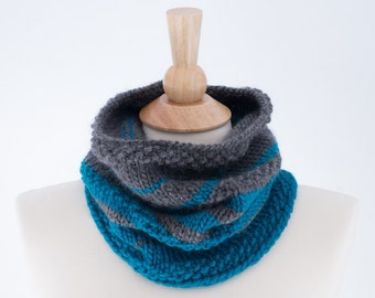 Chunky Knit Ombre Cowl, Knit Infinity Scarf, Gray, Teal/Turquoise - 066