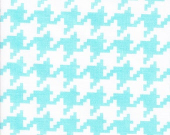 Michael Miller Everyday Houndstooth Aqua  - Fabric 1 yard off of bolt (more available)