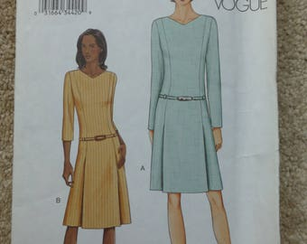 Vogue pattern 7542 Very easy Vogue Size 14-16-18