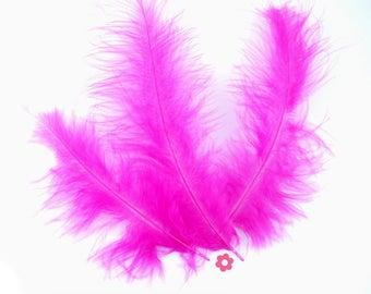 10 x 10cm (42F) fuchsia marabou feather
