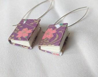 Boucles d'oreilles mini livre