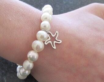 Pearl bracelet freshwater pearl beach bracelet boho bracelet fashion jewelry pearl jewelry starfish charm bracelet gift for her.