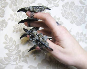 Witch Queen Vertebrae Finger Claw Rings