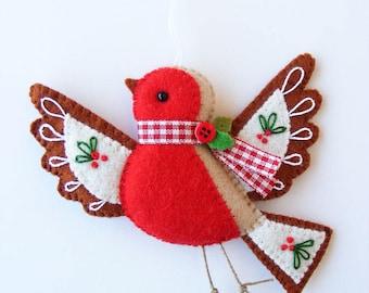 Felt PDF sewing pattern - Flying robin - Christmas tree ornament, embroidered, bird ornament, digital item