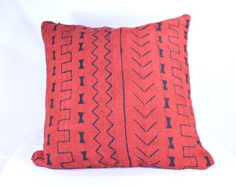 "16"" - Red African Mud cloth Pillow Cover; Bogolanfini Decorative Pillow, Mudcloth Throw Pillow from Mali -BF1027"