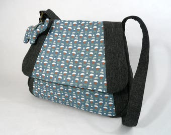 Crossbody bag in grey and blue