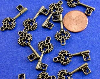 10 pcs -Antiqued Brass Key, Skeleton Key, Victorian Key, Antique Key, Antique Bronze Key Charms Pendants 27x12mm- AB-B14520