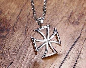 Malta cross pendant