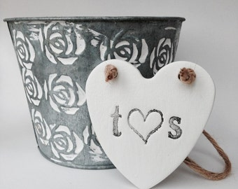 White clay heart with initials, personalised heart for wedding anniversary ~ wedding decor ~ wedding favor ~ wedding gift ~ birthday