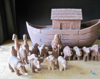 Vintage Noah's Ark, Religious Decor, Resin Clay Ark, Resin to Paint, Animal Figurines, Christianity, Collectible Ark, Folk Art, Bible Story