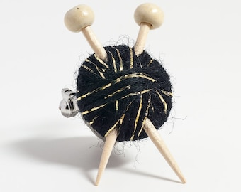 Sparkly Black Wool Knitter's Brooch - Yarn Ball and Knitting Needles