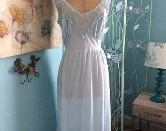 Birthday Sale SIze 36 Charmode Long NIghtgown