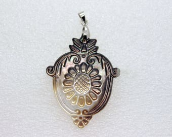 Natural Black Lip Shell Pendant - Hand Carved Sunflower on a OWL's Back