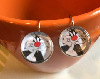 Sylvester the Cat cabochon earrings - 16mm