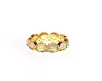 18k Welo Ethiopian Fire Opal Eternity Band/Ring