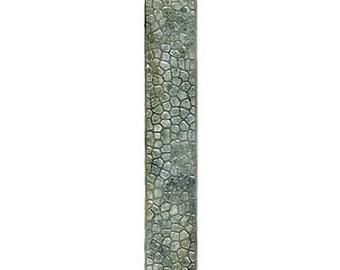 Sizzix Sizzlits Decorative Strip Die Cobblestones by Tim Holtz E01