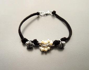 Boho Silver Bracelet - Sterling Silver Bracelet set with Fresh Water Pearl- Teens Jewelry - Boho jewelry. Minimalist Jewelry, Small Bracelet