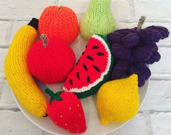 Hand knitted FRUIT/knitted toys/play role/display/toy food/play kitchen
