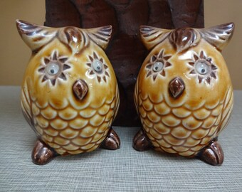 "Vintage Owl Salt & Pepper Shakers with ""Shaking Eyes""!"
