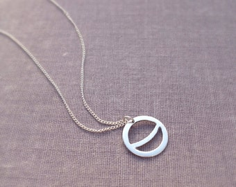 Delicate Crescent Moon Necklace. Minimalist Layering Circle necklace. Gifts for women. Minimal Sterling Silver necklace. Bridesmaid gift.