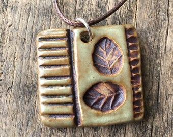 Necklace - Leaves - Matte Mint