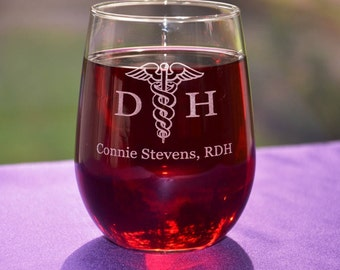 Personalized Engraved Dental Assistant/Hygenist Glass, Great Employee Appreciation Gift, Graduation or Retirement Gift, Good Day/Rough Day