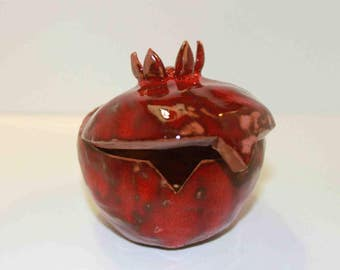 Handmade red pomegranate- shaped casket to keep your jewellery.