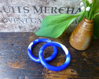 Blue and White Marbeled Glass Bangles