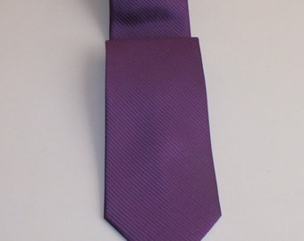 Thin stripe eggplant Men's Tie