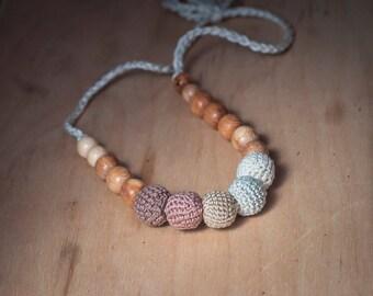 BLACK FRIDAY SALE Brown nursing necklace - teething necklace - breastfeeding necklace - babywearring