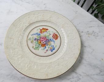 """NEW PRICE Vintage 1950s Wedgewood 11"""" Dinner Plate"""