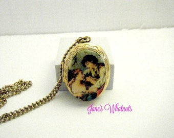 Locket, Pendant, Victorian looking picture man and woman, Enamel, V 10