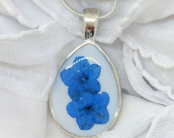 Real Forget me Not Necklace - Real Pressed Flower In Resin - Pressed Flower Jewelry - Flower resin Necklace - Real Flower Jewelry - Teardrop