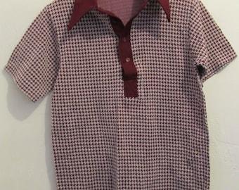 A Men's MINT Vintage 70's,Short Sleeve JACQUARD Design POLY Knit Polo Shirt.S