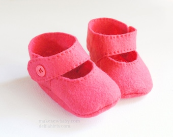 Felt Baby Shoe Pattern Mary Jane Style Bootie Sizes Newborn up to 12 months