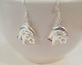 Pisces earrings, Pisces jewelry, gift for her, Fish earrings, Zodiac earrings, gift for friend, Fish jewelry, birthday gift, zodiac jewelry