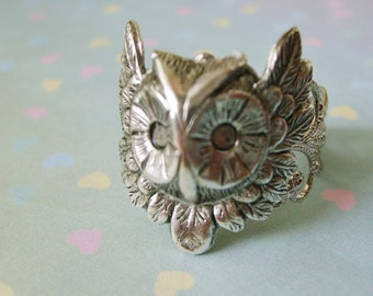 Owl Steampunk Ring in Silver Filigree