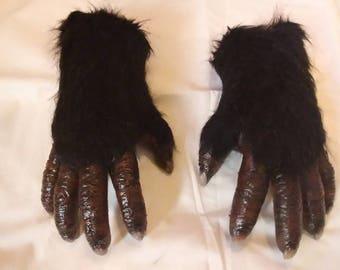 Bigfoot hands, Yeti hands,Yowie hands. Skookum hands. Abominable snowman hands.