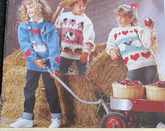 PB87 Bernat 1218 Country Kids - 6 Chunky Weight Knit Sweaters Patterns Craft Book