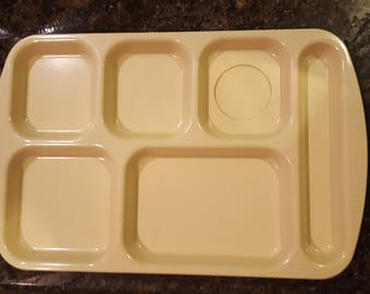 VINTAGE Lunch Tray / Prolon / Plastic Trays / Melamine / Melmac / Daycare / Camping / RV / Food Tray / Party Picnic Trays