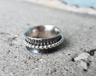 Sterling beaded spinner ring