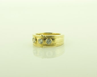 Hallmarked Sterling Silver Gold Plated Ring set with 3 Round Cubic Zirconias