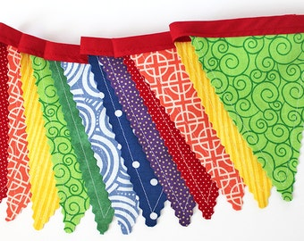 Rainbow Primary colors Bunting party decoration. Fabric sewn flag Banner. Photo prop. 12 Pennant flags