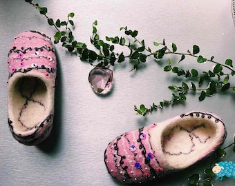 Pink girl's felted slippers