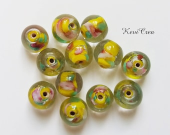 glass beads 12 x transparent yellow inclusion