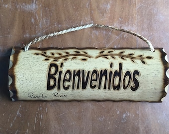 13inch Bienvenido's House Sign - Wood welcome sign - Entry Way sign - bamboo wood burned sign